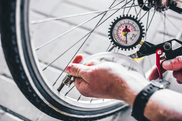 how-to-pump-up-a-road-bike-tire
