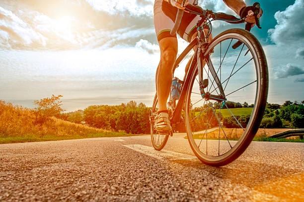 touring-bike-vs-road-bike