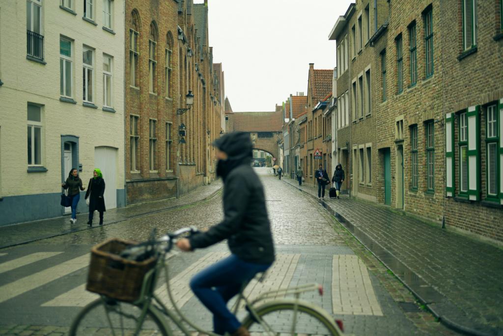 cycling-in-rain